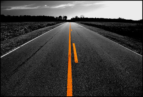 Yellow-stripe-road-pic