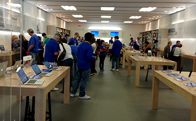 Photo of Montgomery Mall Apple Store.