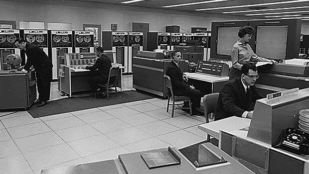IBM 7090 (IBM Corp.)