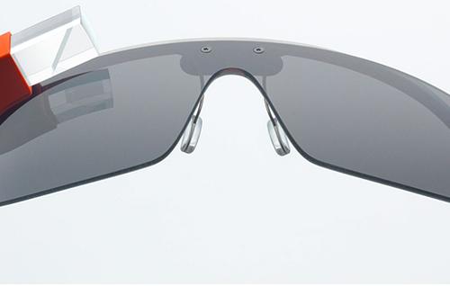 Google Glasses (Google)