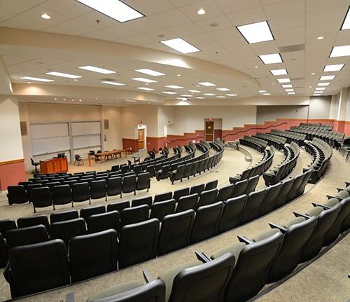 Photo of empty lecture hall (© SeanPavonePhoto - Fotolia.com)