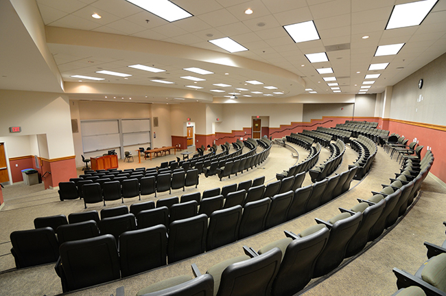 Photo of empty lecture hall (© SeanPavonePhoto - Fotolia.com)