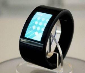 puls-will.i.am-smartwatch