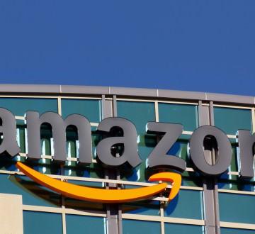 SANTA CLARACA/USA - FEBRUARY 1 2014: Amazon building in Santa Clara California. Amazon is an American international electronic commerce company. It is the world's largest online retailer.